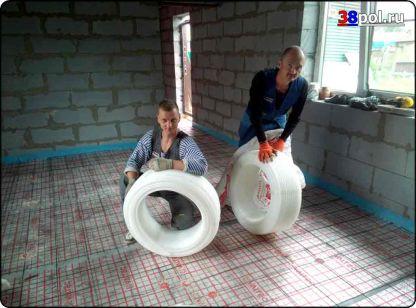 Монтаж трубы тёплого водяного пола